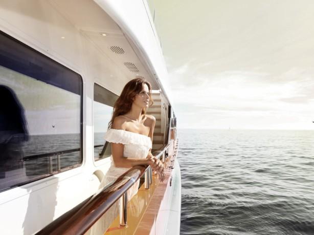 modèle sur yacht