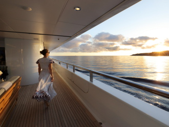Photo coucher de soleil vu d'un yacht
