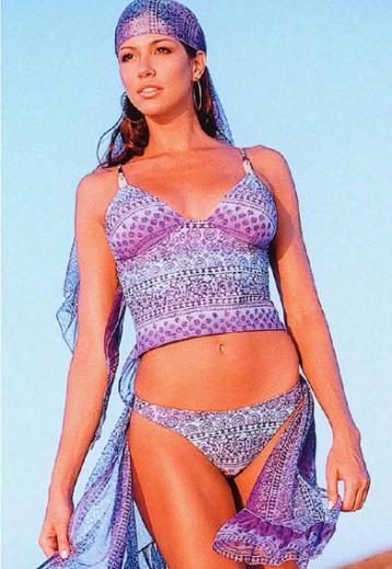 Publicité modèle maillot de bain